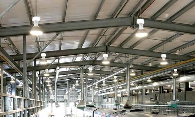 Đèn nhà xưởng tiết kiệm điện - Giải pháp năng lượng cho công nghiệp