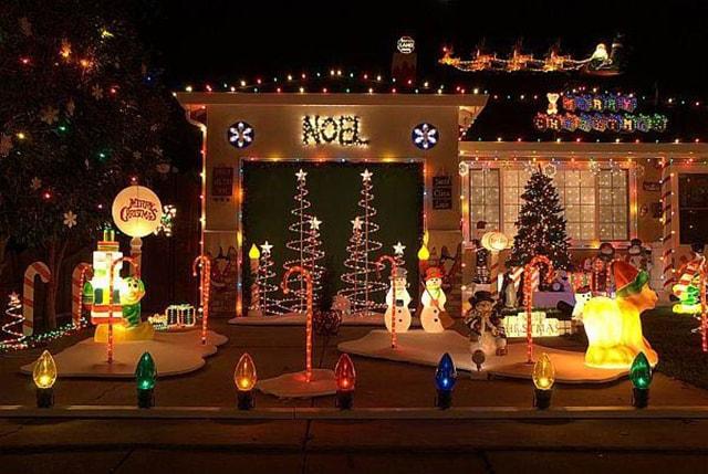 Những ý tưởng chiếu sáng ngoài trời tuyệt đẹp trong đêm giáng sinh - Ảnh 11
