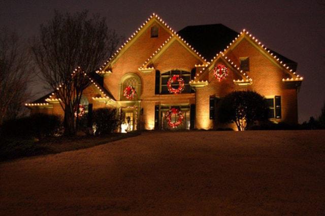 Những ý tưởng chiếu sáng ngoài trời tuyệt đẹp trong đêm giáng sinh - Ảnh 12