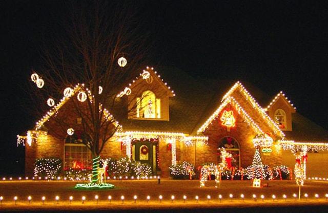 Những ý tưởng chiếu sáng ngoài trời tuyệt đẹp trong đêm giáng sinh - Ảnh 7